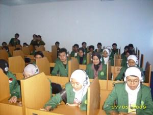 Aktifitas Laboratorium Bahasa FKIP UNMA